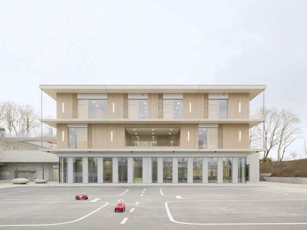 Kinderhaus-Kirchhaldenschule_auße-Verkehrsübung