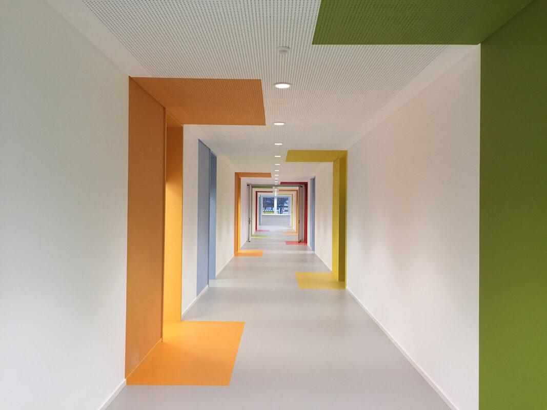 Moscherosch-Schule-innen-Flur-2